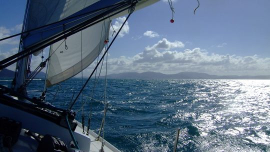 Whitsundays: Tall ships, blue waters