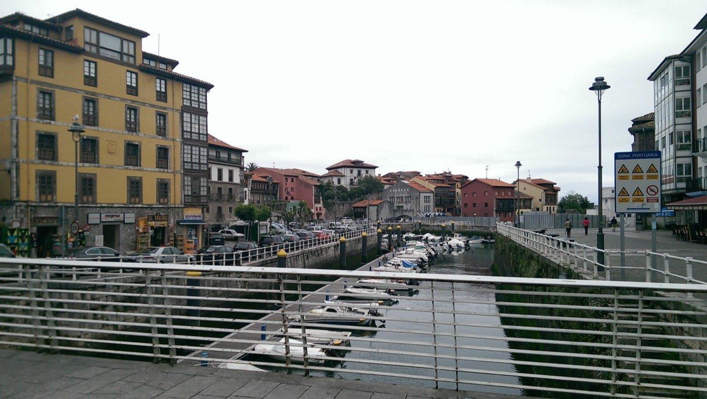 llanes-harbour