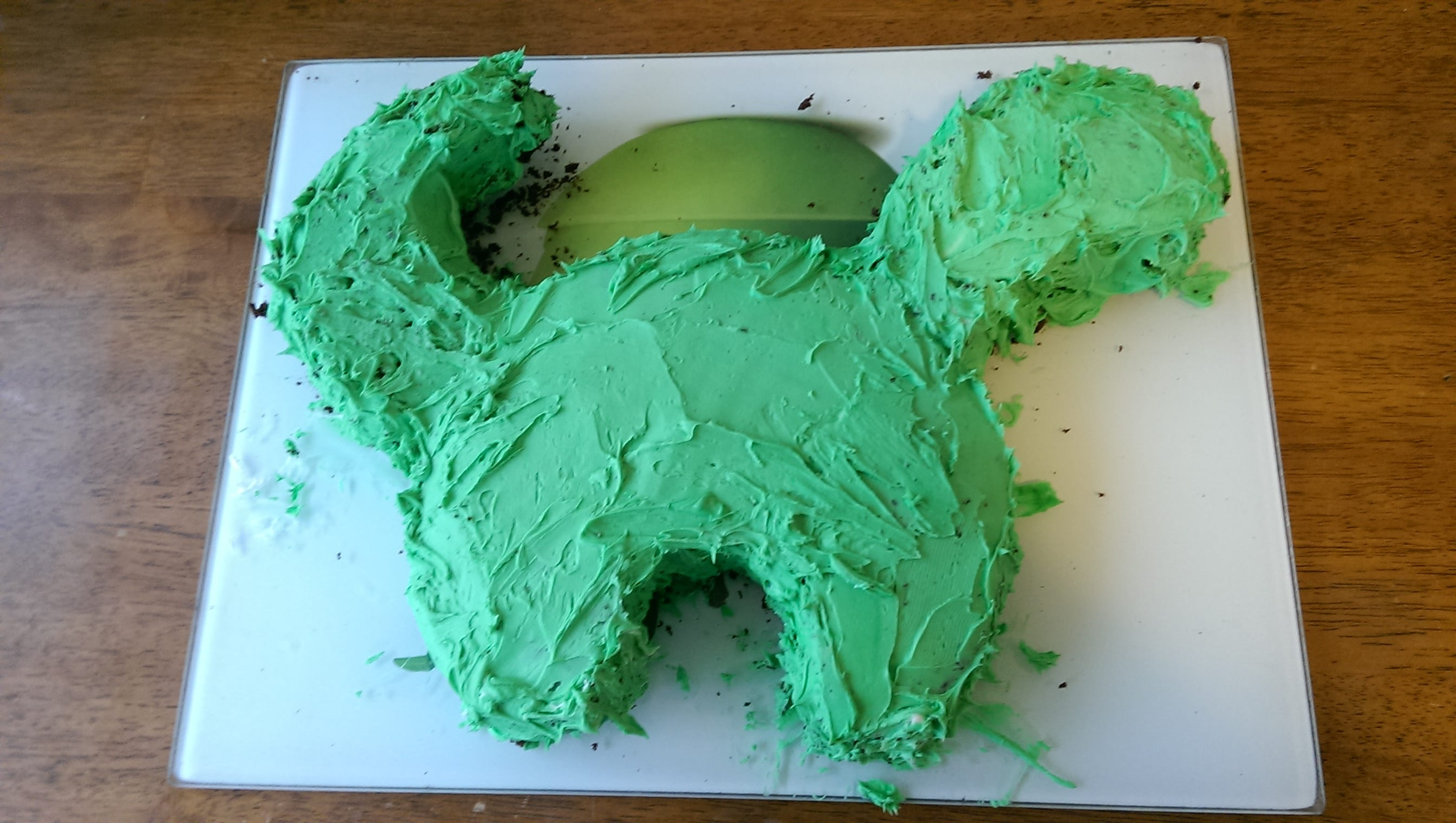 How to make an easy  Dinosaur Cake  - Stuff and Nothing