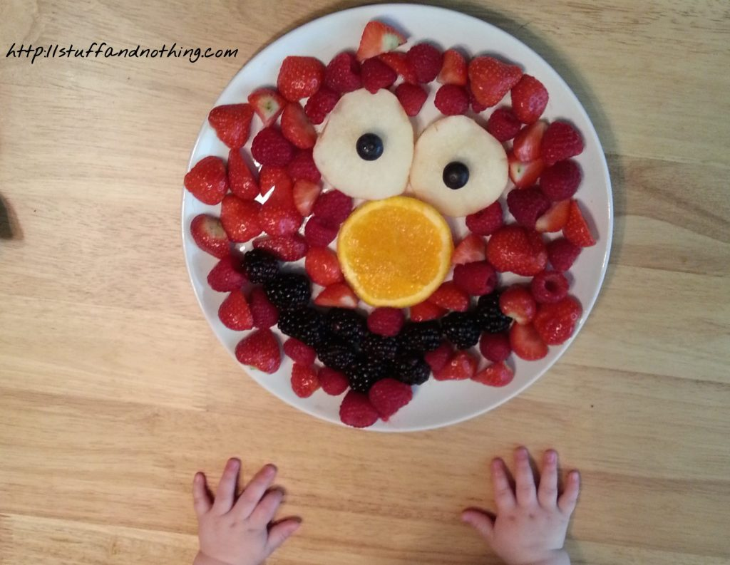 elmo-fruit-cake