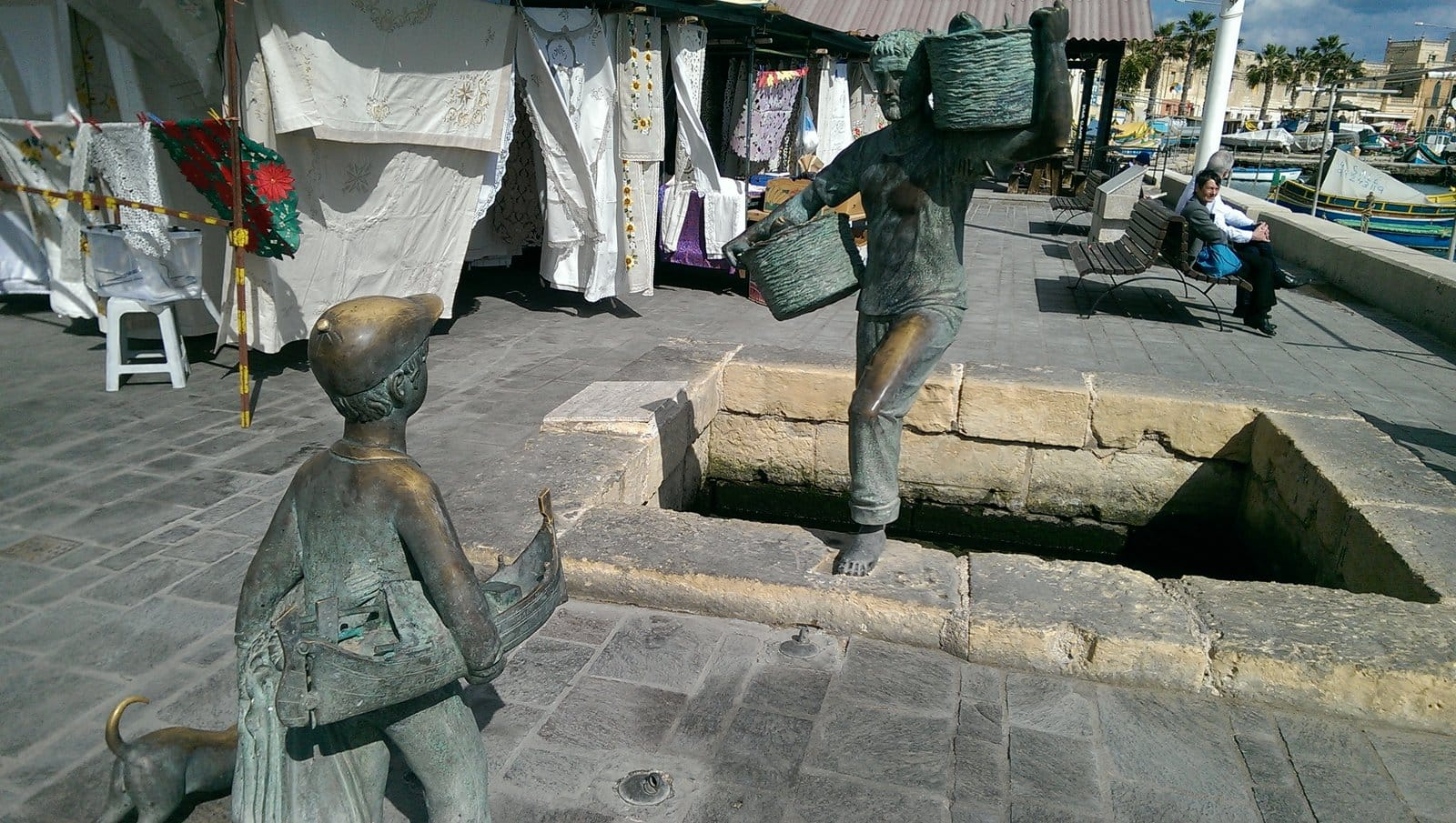 marsaxlokk-statues